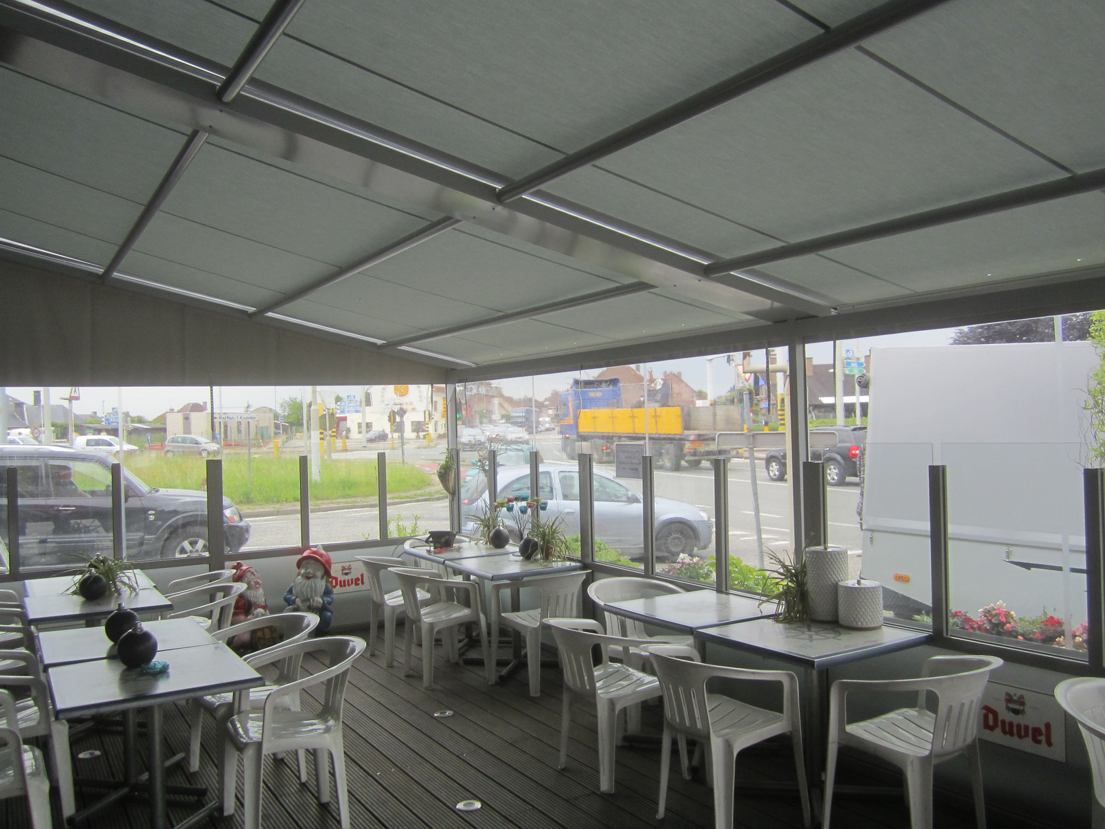 terrassen elektrisch fabulous sonnensegel terrasse warendorf hoetmar terrassen elektrisch with. Black Bedroom Furniture Sets. Home Design Ideas